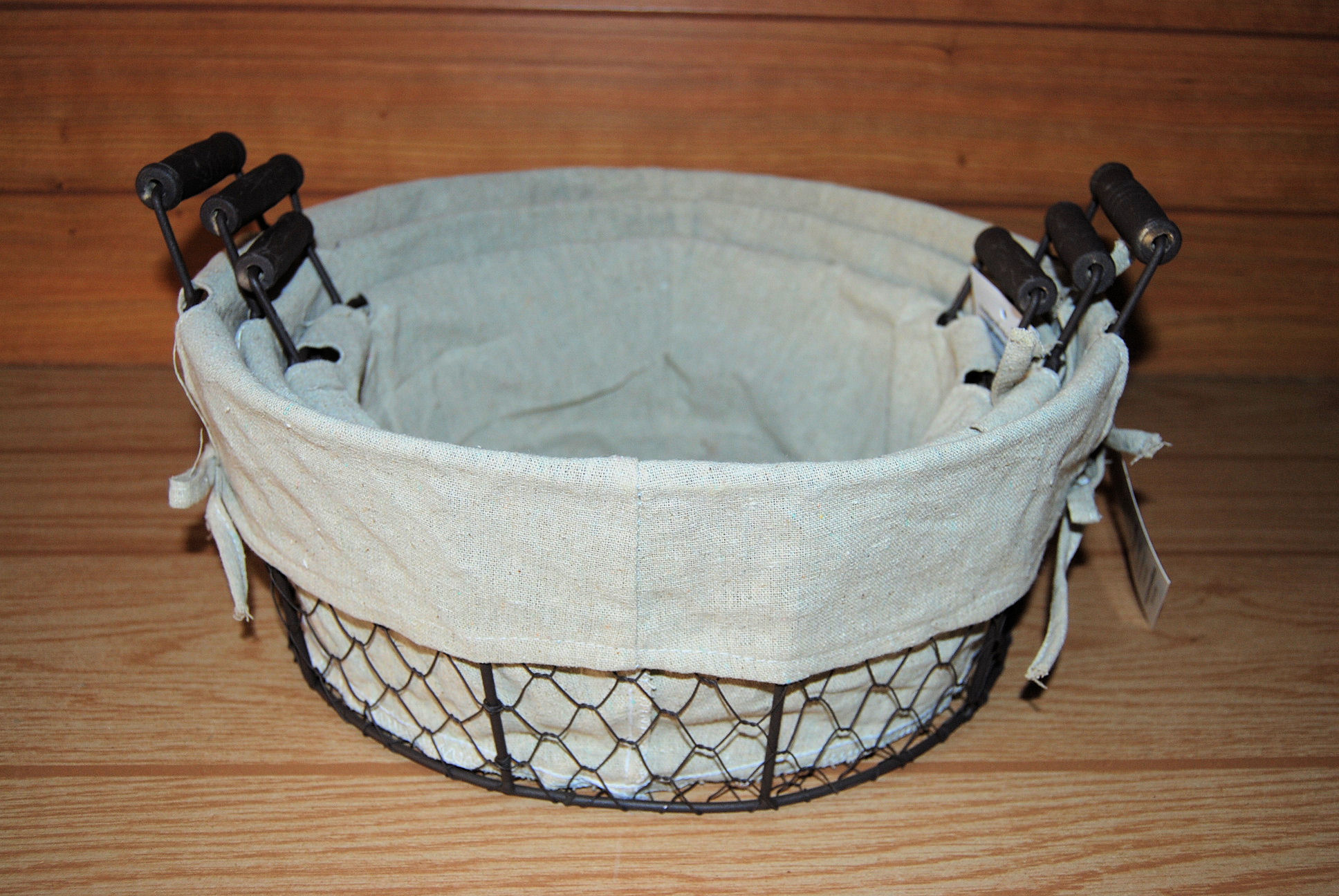 Round Rustic Wire Mesh Baskets with Fabric Liners and Ear Handles ...